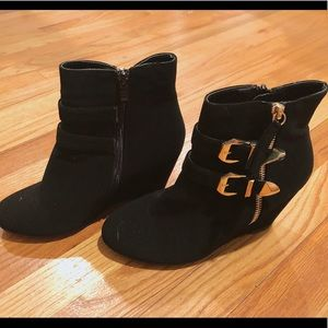 black womens booties size 8